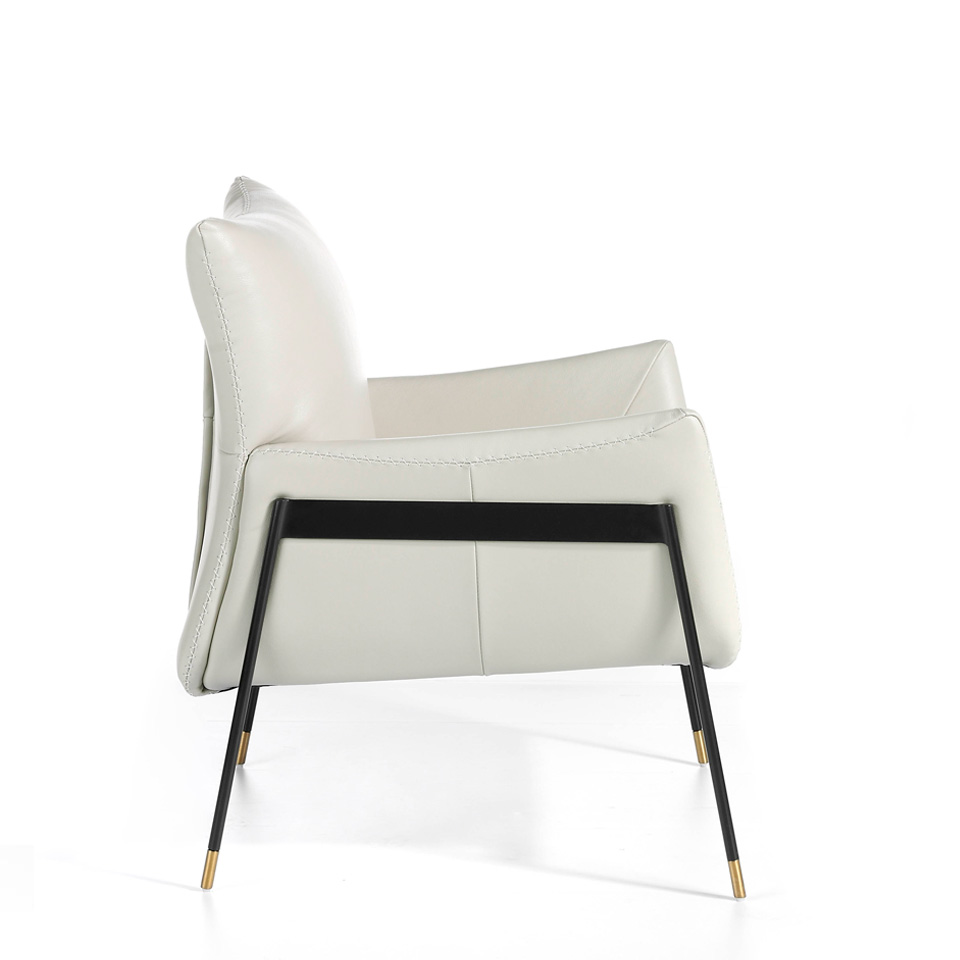 Upholstered leather armchair with steel legs painted in black
